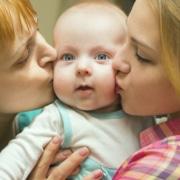 Krankenversicherung in Regenbogen-Familien